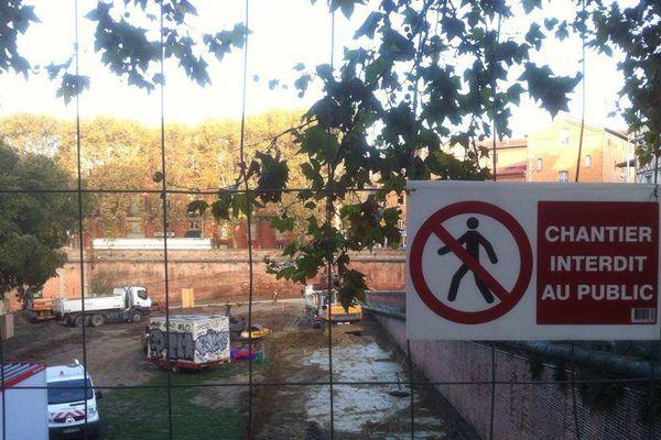 Le quai de la Daurade est actuellement inaccessible en raison de des travaux de réaménagement