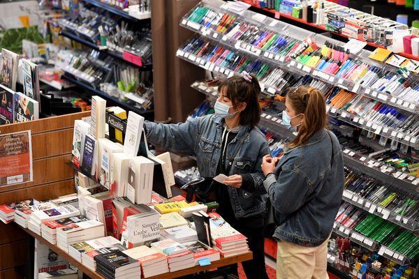 Les librairies, comme tous les commerces jugés non essentiels, ont fermé leurs portes jeudi soir