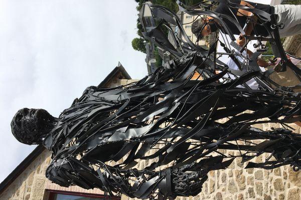 Sculpture de Jacques Chirac