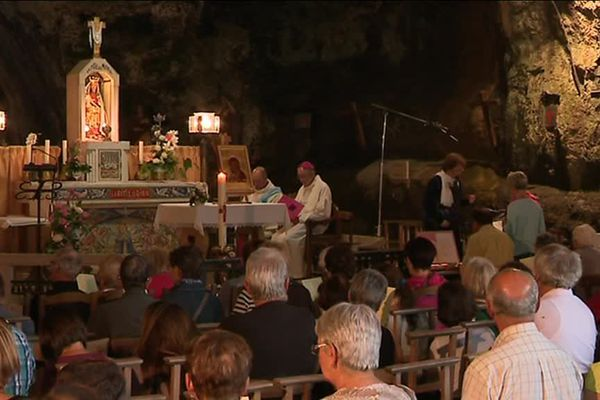 La Grotte de Remonot (Doubs) : le pèlerinage du 15 août attire toujours autant les fidèles