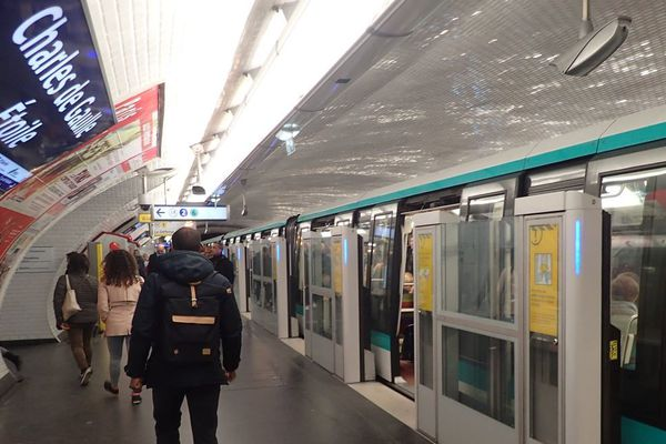 Paris La Ligne 1 Du Métro Va Fermer Pendant Cinq Jours De Nation à Château De Vincennes
