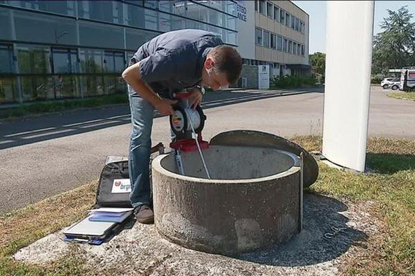 Un point de forage près de Rennes qui permet de mesurer et surveiller le niveau de la nappe d'eau souterraine