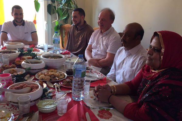 Rupture du jeûne dans une famille musulmane à Limoges, le 15 juin 2018