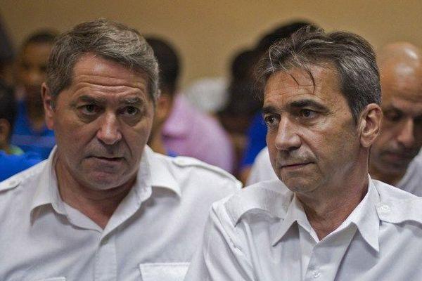 Les pilotes Pascal Fauret et Bruno Odos