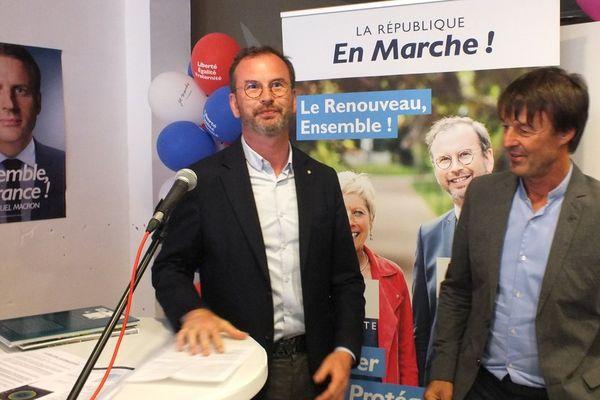 Benoît Potterie (ici avec le ministre Nicolas Hulot),député de la 8e circonscription du Pas-de-Calais