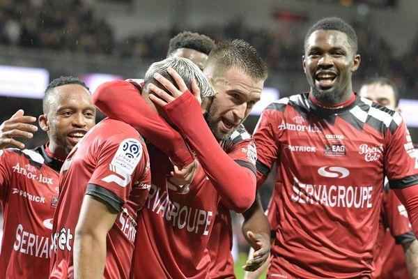 Au Stade Roudourou à Guingamp le 16 Janvier 2019 . Joie de Lucas DEAUX ( Guingamp ) auteur du second but Guingampais et Ludovic BLAS ( Guingamp )