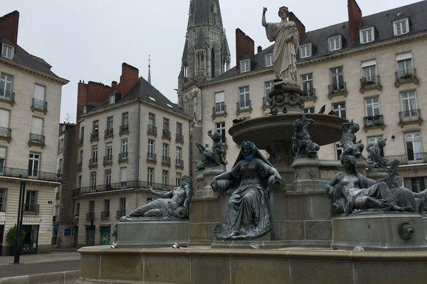 D'ici le mois d'août, la fontaine de la place Royale sera remise en eau pour accueillir une création du Voyage à Nantes.