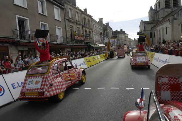 Dans la caravane - Tour de France 2020