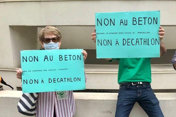 """Les militants de l'association """"Non au béton"""", ont multiplié les actions contre le projet."""