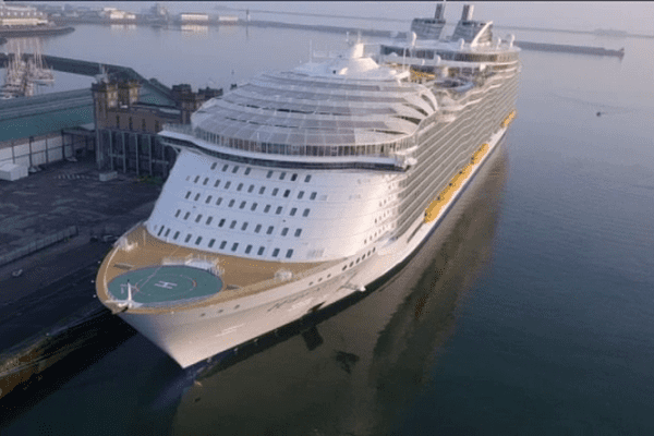 L'Harmony of the seas ce vendredi matin à Cherbourg