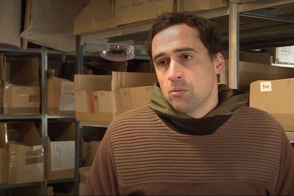 Romain Thibert, commerçant spécialisé dans les crêches de Noël