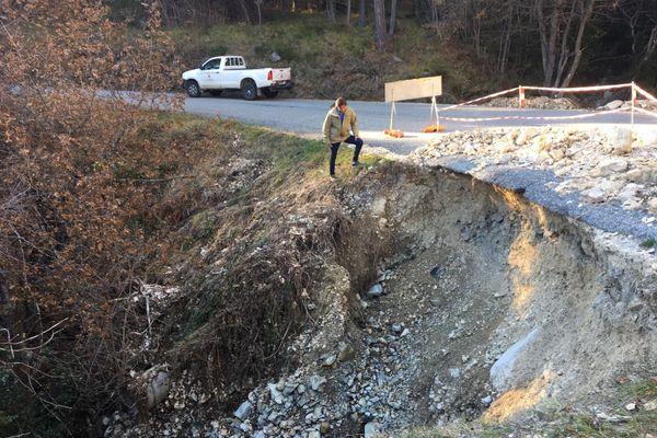"""Ludovic Sanchez, le maire du Mas (Alpes-Maritimes) : le non-classement de sa commune en état de catastrophe naturelle après le passage de la tempête Alex est pour lui un """"oubli incompréhensible""""."""