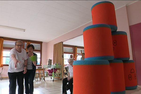 Une centaine de pensionnaires des maisons de retraite du Territoire de Belfort se sont mesurés lors des olympiades organisées à Valdoie.
