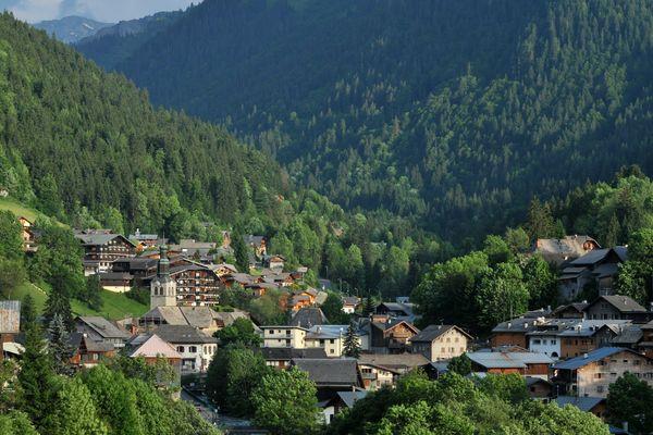 Des hôteliers de Morzine, en Haute-Savoie, ont lancé une opération solidaire en faveur des soignants. (Illustration)
