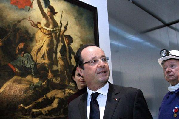 François Hollande à l'inauguration du Louvre-Lens le 4 décembre 2012.