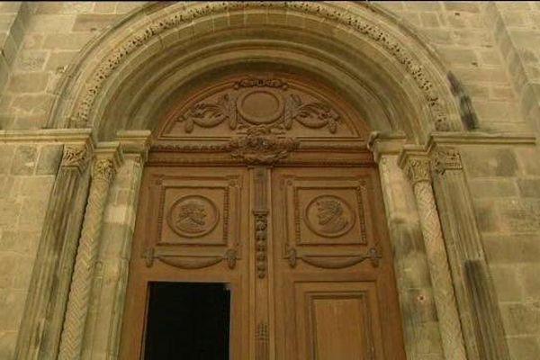 Le portail de la cathédrale St-Lazare d'Autun