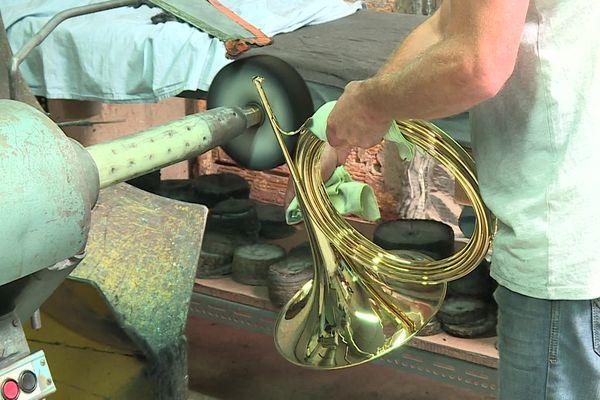 L'entreprise PGM-Couesnon située dans l'Aisne fabrique des cuivres pour les orchestres depuis 1827