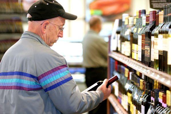 Labels, appellations, médailles font vendre mais ont-ils toujours la côte auprès des viticulteurs ?