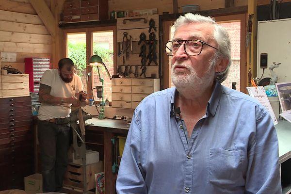 François Queneuil a été coutelier d'art pendant plus de 40 ans dans le pays de Bray.