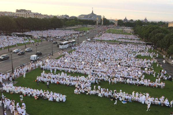 17000 participants pour la 30ème édition du Dîner en blanc.