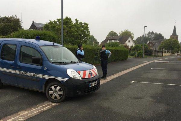 Le secteur est bouclé par la gendarmerie / Ville-sur-Lumes, Ardennes, 22 juin 2020