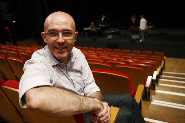 Franck Becker succède à Jackie Marchand à la direction de La Coursive - Scène nationale à La Rochelle.