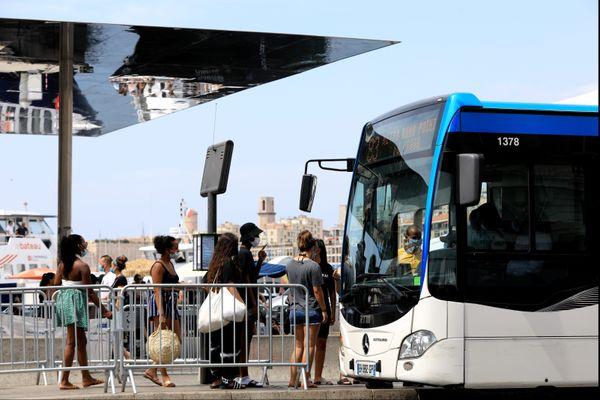 Un chauffeur de bus de la RTM, de la ligne 18 a été agressé au terminus du Bosquet, dans le 11ème à Marseille. Plus aucun bus ne circule.