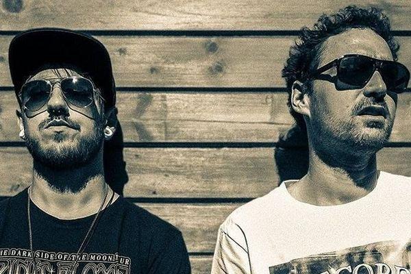 """Alex Ancel et Grégory Chosson forment le duo électro-rock  """"March On Mars""""."""