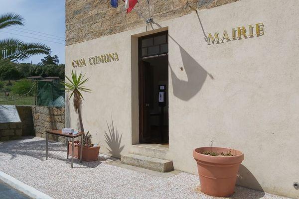 Dimanche 23 mai, trois nouveaux conseillers municipaux ont été élus lors des élections municipales partielles de Campomoro.
