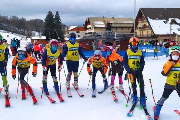 Vous voulez skier à Ancelle ? Pas de problème, vous devez avoir entre 8 et 18 ans et être licenciés au sein d'une association sportive affiliée à la Fédération de ski