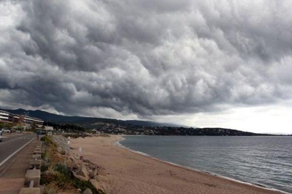 Des averses orageuses sont attendues en Corse.