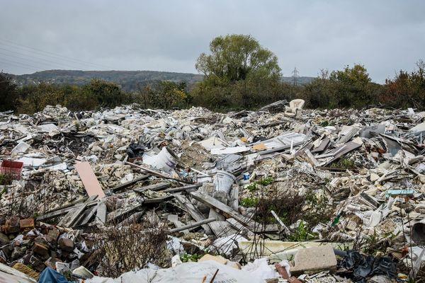 Depuis le lancement de l'application, les sentinelles de la nature, en mai dernier en Languedoc-Roussillon, près de 200 dépôts de déchets ont été signalés sur le territoire - janvier 2020
