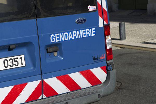 Après s'être rendu aux gendarmes, un trentenaire soupçonné du meurtre de sa compagne a été placé en garde à vue ce mercredi 8 septembre par les policiers de Carmaux.
