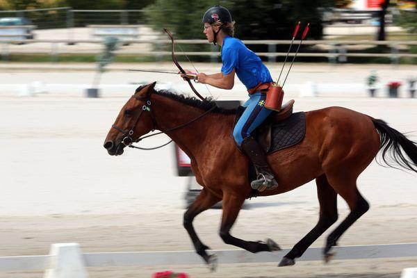 En juin dernier à Lamotte-Beuvron, les championnats d'Europe de tir à l'arc à cheval.