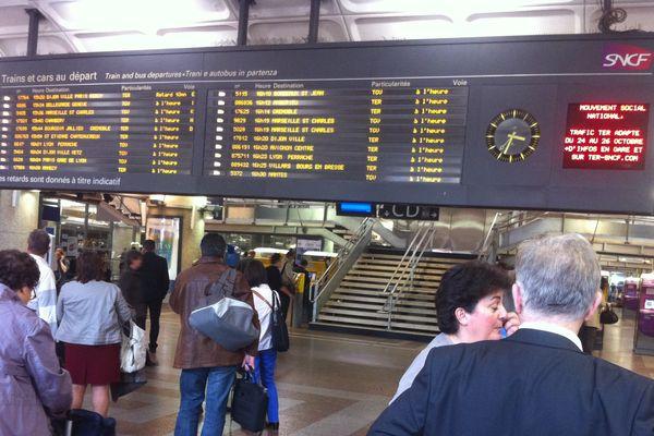 En gare Part-Dieu ... (24/10/12)