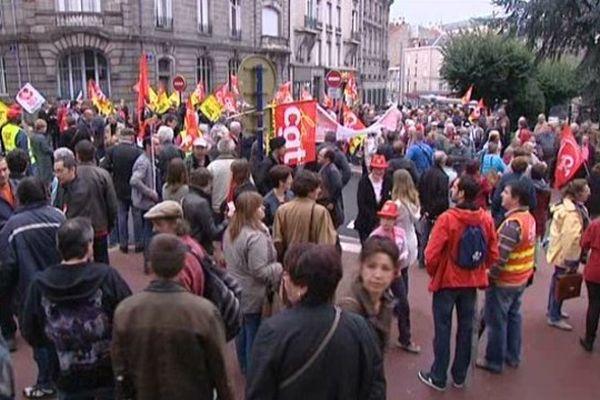 Manifestation à Limoges, devant la préfecture, jeudi 16 octobre 2014