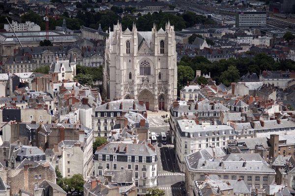 Les cloches de la cathédrale de Nantes ont sonné à midi ce 15 août 2015