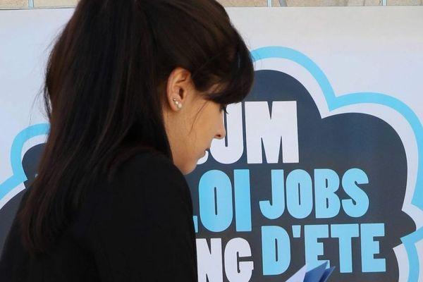 Avec le confinement, de nombreux salons destinés à la recherche d'emplois pour les étudiants ont été annulés.