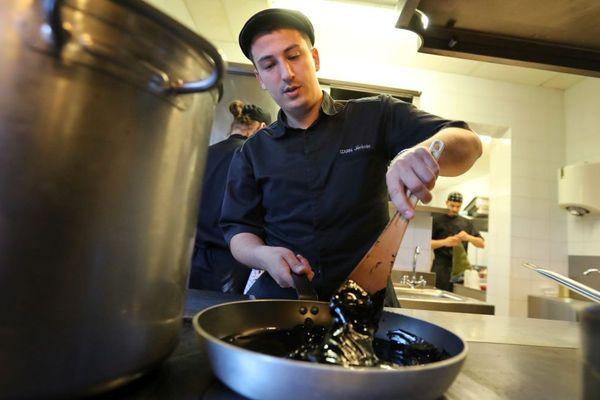 """Jérémie Izarn, chef du restaurant """"La Tour des Sens"""""""