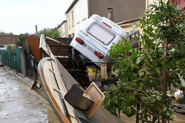 Comme ici à Trèbes, les pluies du 15 octobre ont causé des morts et de nombreux dégâts dans le département de l'Aude