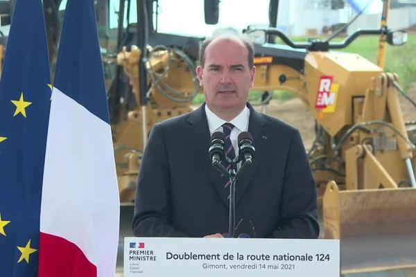 Jean Castex sur le chantier de la RN 124 à Gimont, pour annoncer la signature du protocole de financement du projet de doublement de voies.