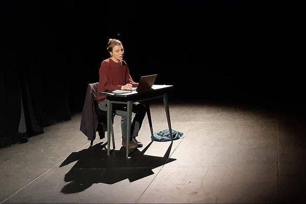 """La pièce """"Les Nécessaires"""" de la compagnie Plateau K en répétition au TCB à Angers"""