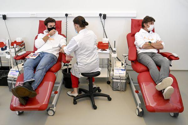 L'Établissement français du sang mène une campagne de sensibilisation, du 4 au 16 janvier, pour trouver de nouveaux donneurs.