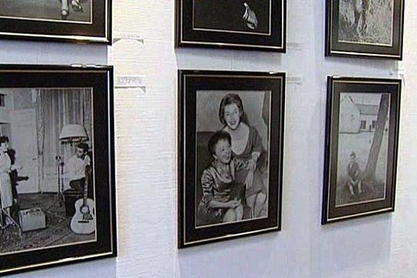 Edith Piaf s'expose à Bernay.
