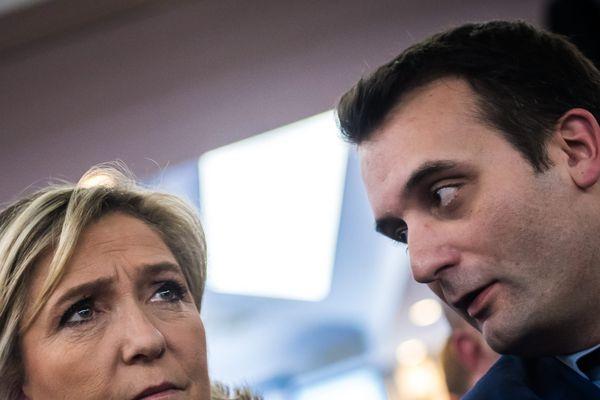 Marine Le Pen et Florian Philippot il y a un an, lors d'une convention du parti à Paris. Image MaxPPP de Christophe Petit Tesson