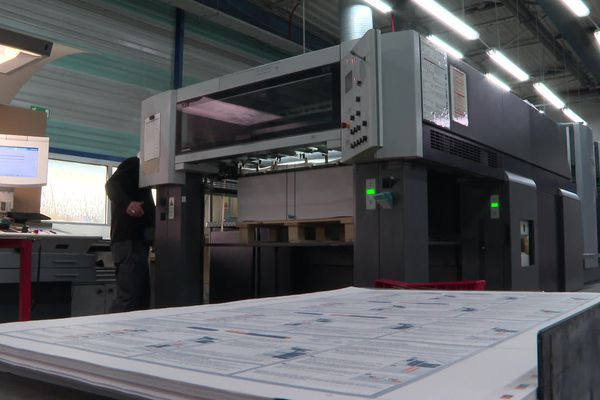 200 millions de notices de médicaments sortent chaque année de l'imprimerie Facédim