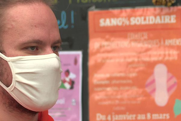 Pierre Midoux organise, avec Unis Cité, une collectes protections hygiéniques. L'association a déjà récolté 7 000 produits.