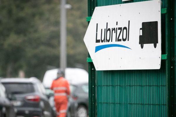L'incendie de l'usine Lubrizol de Rouen s'est produit dans la nuit du 25 au 26 septembre 2019.