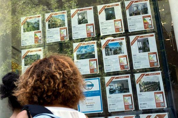 La traditionnelle galère des étudiants à la recherche d'un logement à l'approche de la rentrée universitaire ... août 2018