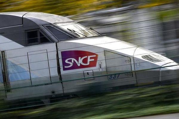 Un TGV de la SNCF à Nantes (Loire-Atlantique), le 8 novembre 2017